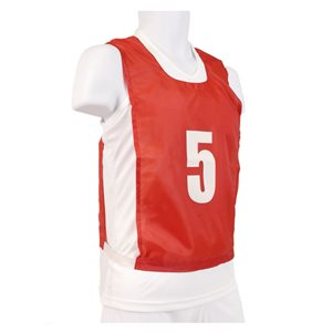 15 numbered pinnies, JR, red