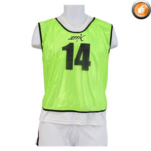 15 numbered pinnies, green