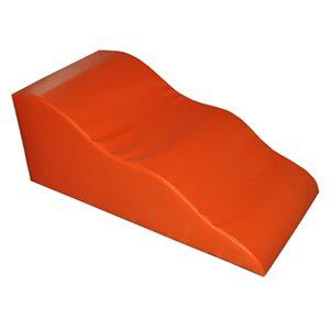 Inclined wave foam module